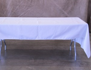 Table, 6ft with cloth